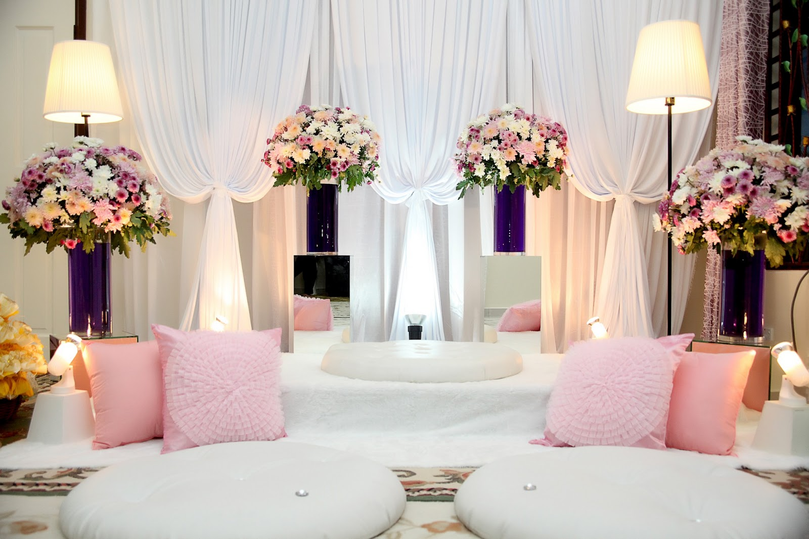 Beautiful Dais, Pelamin and Bridal Beds | Malay Wedding Planner ...