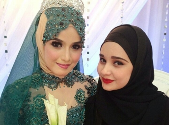 Bride and Mak Andam