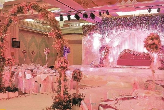 Bridal Bed and Pelamin