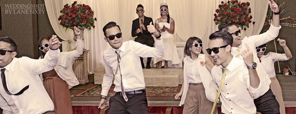 dancing at a retro malay wedding